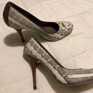 B Makowsky snakeskin heels